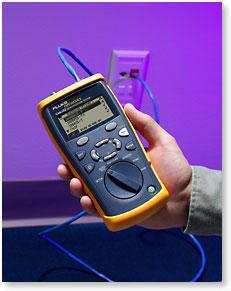 带宽认证测试仪,带 CableIQ