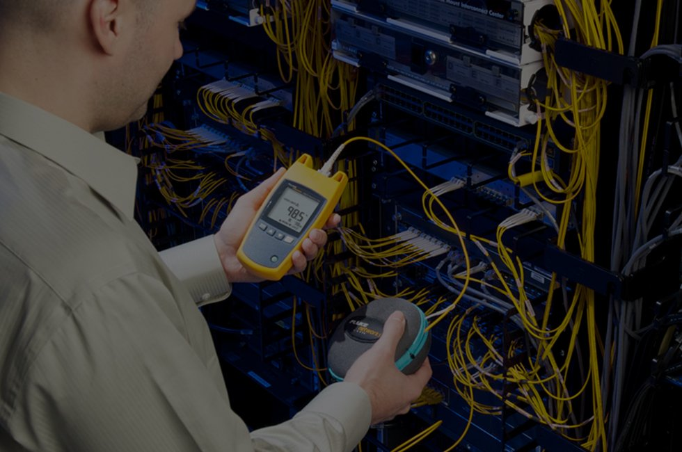 Network Cable Testers | Fluke Networks on